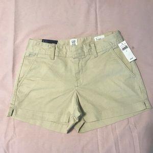 Pants - NEW W/ TAGS GAP City Short